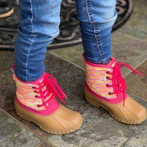 NEW**GIRLS RAINBOW SEQUIN DUCK BOOTS